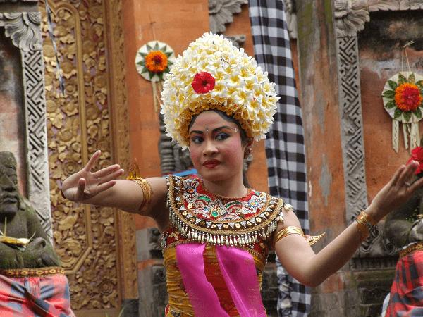 Die Kultur Balis mit einer Kombireise entdecken